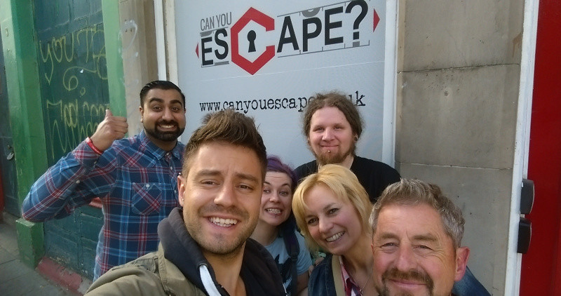 A group of players at Can You Escape